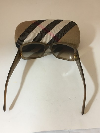 Burberry BURBERRY 38419 RECTANGLE BROWN SUNGLASSES 3012/13 Image 2