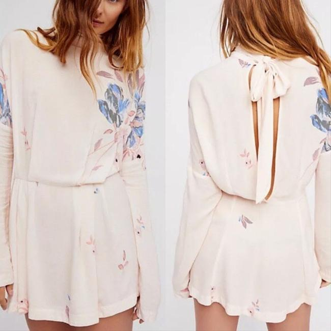 Free People short dress Ivory/pink on Tradesy Image 1