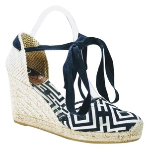 Tory Burch NAVY/WHITE Wedges