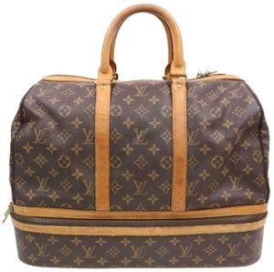 a9b237f38813 Louis Vuitton Travel Bags and Duffels - Up to 70% off at Tradesy