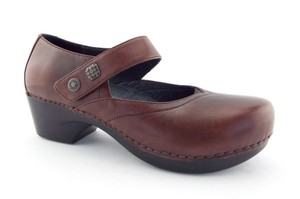 Dansko Round Toe Pumps Block Heel Button Professional Brown Mules