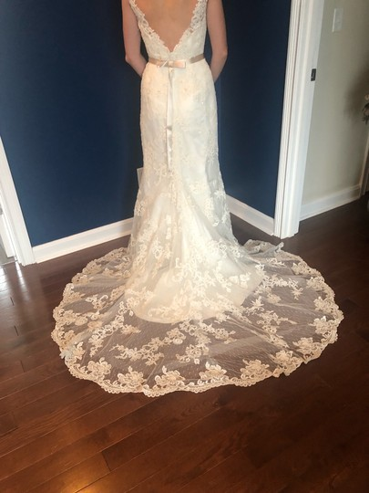 Casablanca Off-white Stunning Lace and Bead - Not Worn Modern Wedding Dress Size 6 (S) Image 1