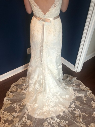 Casablanca Off-white Stunning Lace and Bead - Not Worn Modern Wedding Dress Size 6 (S) Image 6