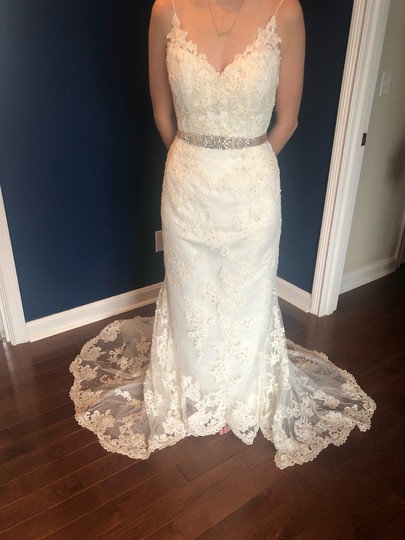 Casablanca Off-white Stunning Lace and Bead - Not Worn Modern Wedding Dress Size 6 (S) Image 8
