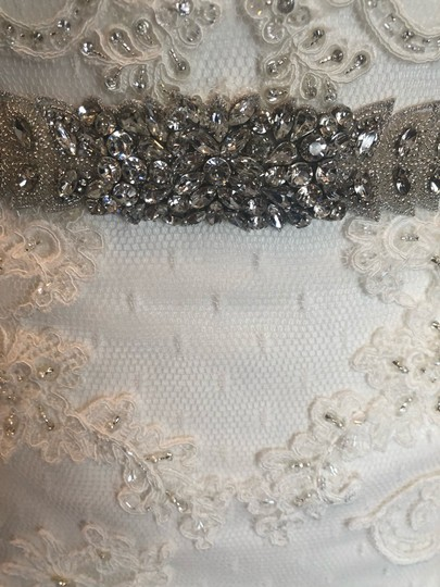 Casablanca Off-white Stunning Lace and Bead - Not Worn Modern Wedding Dress Size 6 (S) Image 9