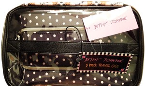 Betsey Johnson Train Case Set 3 Piece Blush Mullti TBJ-0343
