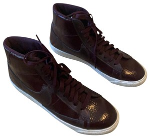 Nike patent leather maroon Athletic