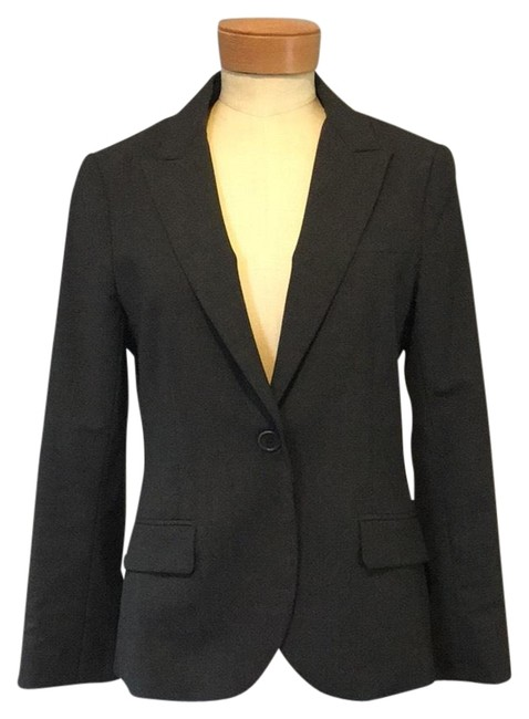 Preload https://img-static.tradesy.com/item/25284715/theory-charcoal-fitted-blazer-size-6-s-0-1-650-650.jpg