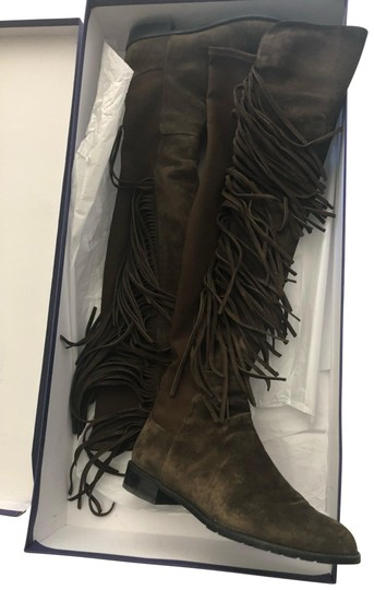 Preload https://img-static.tradesy.com/item/25284951/stuart-weitzman-green-fringe-bootsbooties-size-us-95-regular-m-b-0-1-540-540.jpg