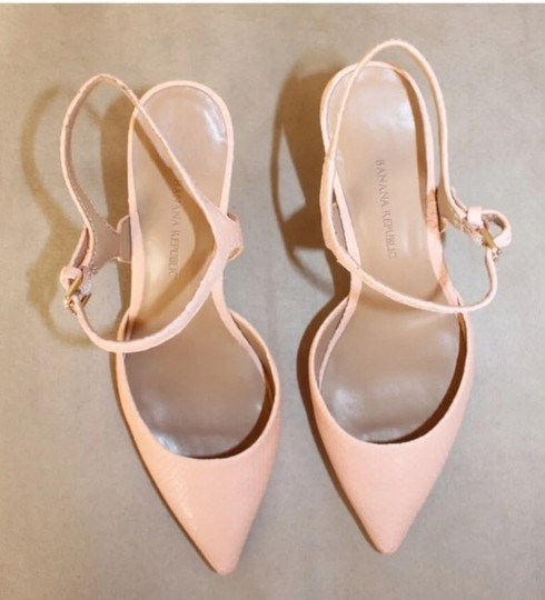 Banana Republic pink-nude Pumps Image 4