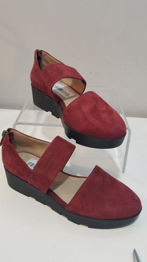 Eileen Fisher red/ wine Flats Image 3