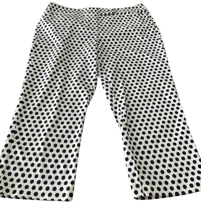 Preload https://img-static.tradesy.com/item/25285219/ann-taylor-black-and-white-signature-casual-wear-capris-size-10-m-31-0-1-650-650.jpg