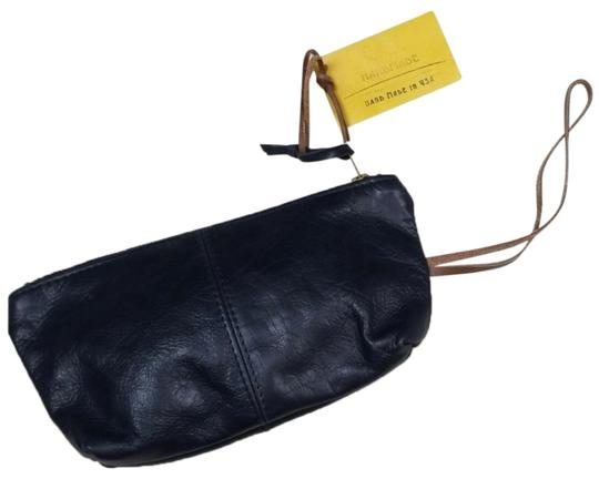 Preload https://img-static.tradesy.com/item/25285228/black-leather-wristlet-wallet-0-1-540-540.jpg