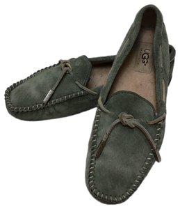 UGG Australia Driving Moccasin Suede green Flats