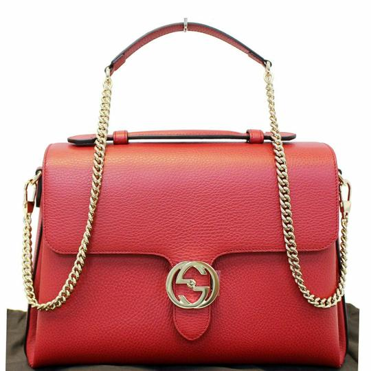 Preload https://img-static.tradesy.com/item/25285335/gucci-interlocking-medium-red-calfskin-leather-shoulder-bag-0-0-540-540.jpg
