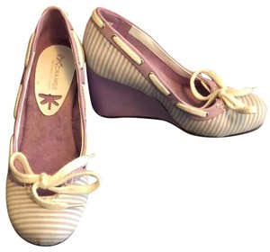 exchange by charles david lavender and white Wedges