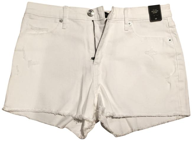 Preload https://img-static.tradesy.com/item/25285665/abercrombie-and-fitch-white-high-shorts-size-2-xs-26-0-1-650-650.jpg