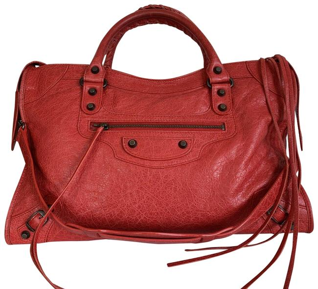 Item - City Rouge Cardinal Italy Red Lambskin Leather Shoulder Bag