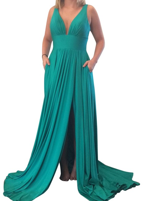 Preload https://img-static.tradesy.com/item/25285877/jovani-jade-67471-long-formal-dress-size-4-s-0-1-650-650.jpg