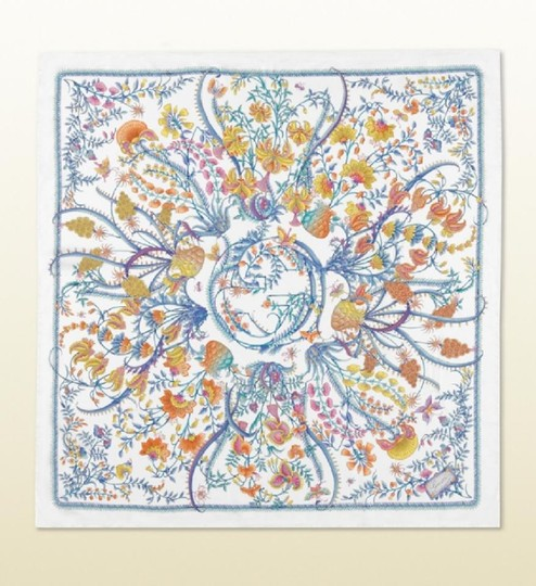 Gucci New Gucci Large White Floral Silk Foulard Scarf 303156 9069 Image 3