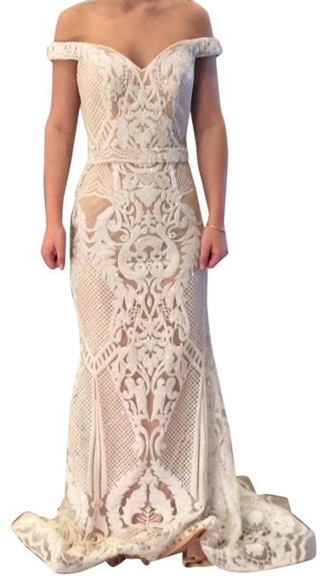 Item - Off White 64277a Long Formal Dress Size 4 (S)
