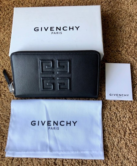 Givenchy Givenchy Embossed Logo Leather Zip Around Wallet Black Image 5