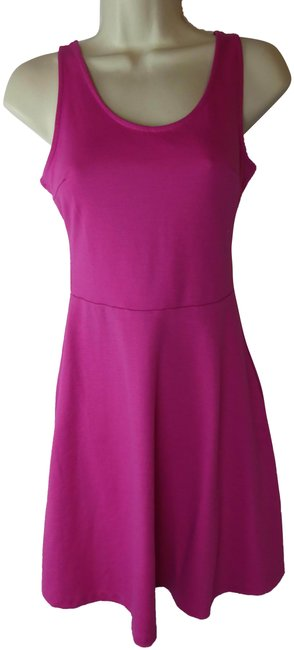 Item - Pink XS Mid-length Short Casual Dress Size 2 (XS)