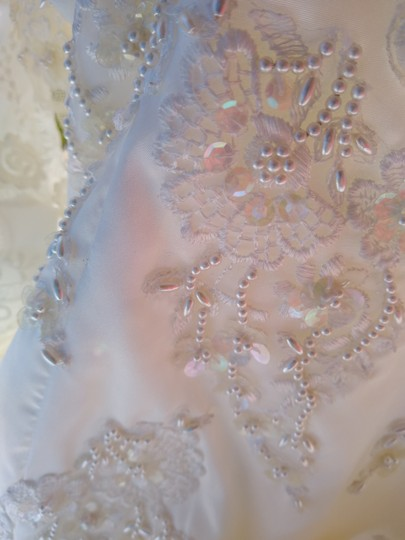 White Satin with Beaded Pearl Design Embrodeted Feminine Wedding Dress Size Petite 4 (S) Image 1