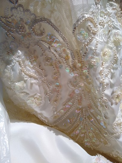 White Satin with Beaded Pearl Design Embrodeted Feminine Wedding Dress Size Petite 4 (S) Image 3