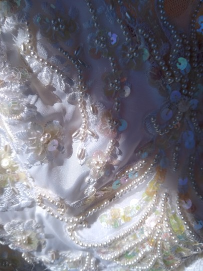 White Satin with Beaded Pearl Design Embrodeted Feminine Wedding Dress Size Petite 4 (S) Image 4