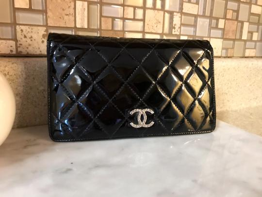 Chanel Black Patent Leather Diamond Quilted Large Continental Wallet / Clutch Image 1