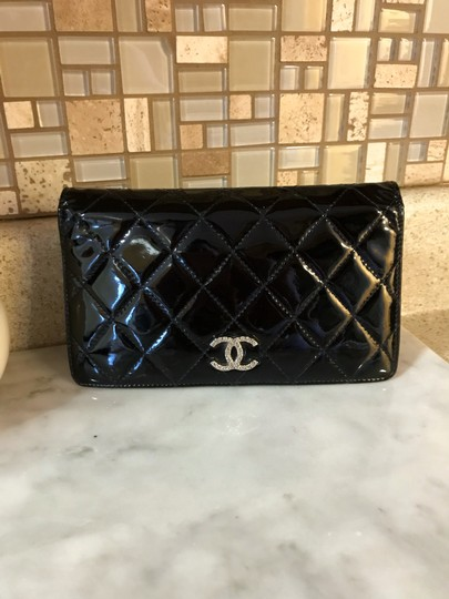 Chanel Black Patent Leather Diamond Quilted Large Continental Wallet / Clutch Image 3