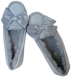 UGG Australia Sale New With Tags New In Box grey Flats
