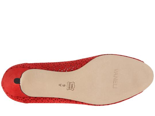 Vaneli Red Pumps Image 3