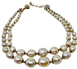 Miriam Haskell MIRIAM HASKELL, vintage opalescent double strand faux pearl choker necklace