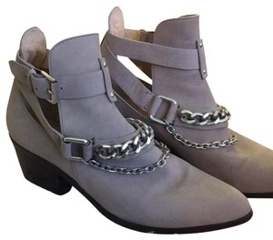Belle by Sigerson Morrison light grey Boots