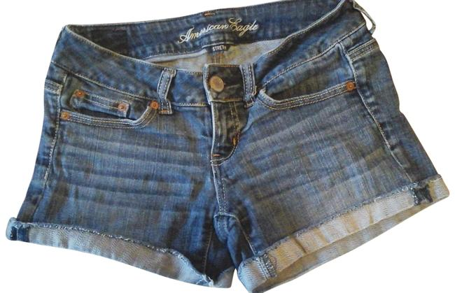 American Eagle Outfitters Blue Jean Shorts Size 0 (XS, 25) American Eagle Outfitters Blue Jean Shorts Size 0 (XS, 25) Image 1