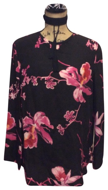 Preload https://img-static.tradesy.com/item/25292389/louis-feraud-black-and-pink-silk-blend-floral-blouse-size-10-m-0-1-650-650.jpg