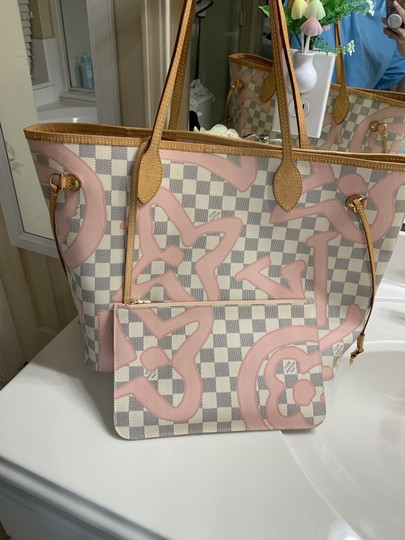 Louis Vuitton Damier Azur Tote in Pink and white Image 1