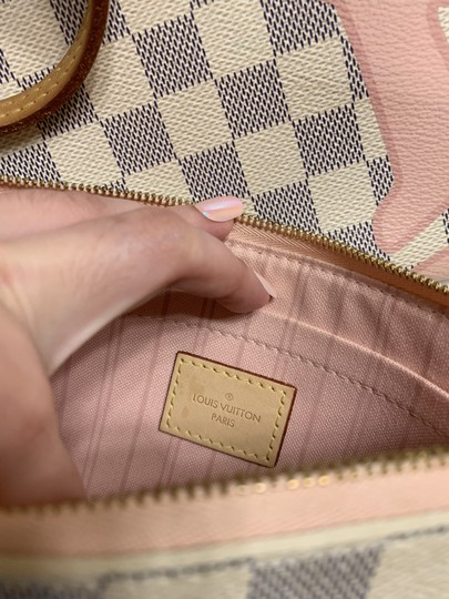 Louis Vuitton Damier Azur Tote in Pink and white Image 2