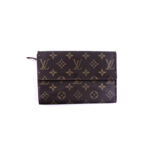 Preload https://img-static.tradesy.com/item/25293058/louis-vuitton-brown-rare-vintage-continental-monogram-canvas-leather-clutch-trifold-wallet-0-0-540-540.jpg