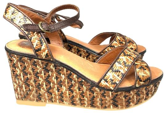 Preload https://img-static.tradesy.com/item/25293266/lucky-brand-kristine-sandals-wedges-size-us-8-regular-m-b-0-1-540-540.jpg