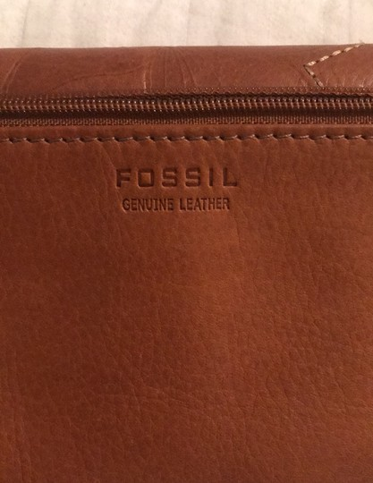 Fossil Brown clutch Image 7