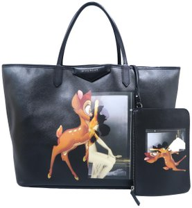 Givenchy Large Podium Antigona Calfskin Tote in Black