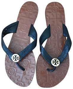 aaa26128b80d Tory Burch Sandals on Sale - Up to 70% off at Tradesy