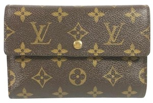 Louis Vuitton Authentic Vintage Louis Vuitton wallet in Monogram Canvas
