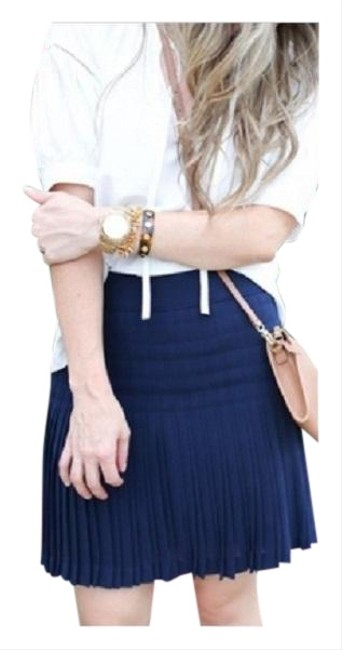 Item - Navy Box C7199 Pleat Skirt Size 2 (XS, 26)