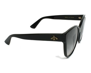 a5bcdcf3f1 Gucci Sunglasses on Sale - Up to 70% off at Tradesy