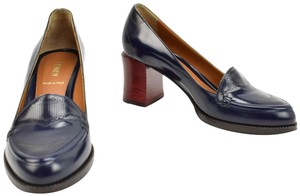 Fendi Leather Red Loafers Dark Navy Blue Pumps