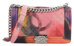 0fd114b0320e Chanel Cross Body Bags - Over 70% off at Tradesy (Page 5)